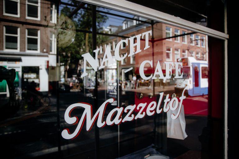 Nachtcafé Mazzeltof